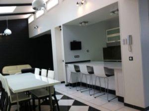 Appartement 5 pièces 130 m2 Clichy sous Bois 2